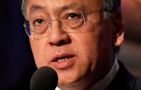 سخنرانی-کازوئو-ایشیگورو-در-مراسم-اهدای-نوبل